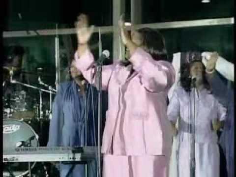 "Faith Davis ministering ""Lift Your Hands"""