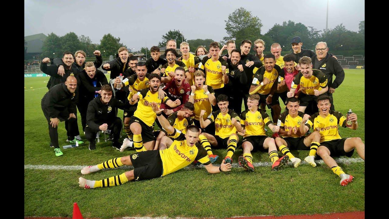 Die BVB-U19 feiert den Einzug ins DM-Finale