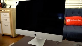 "2017 21.5"" 4K Apple iMac Unboxing and First Impressions"