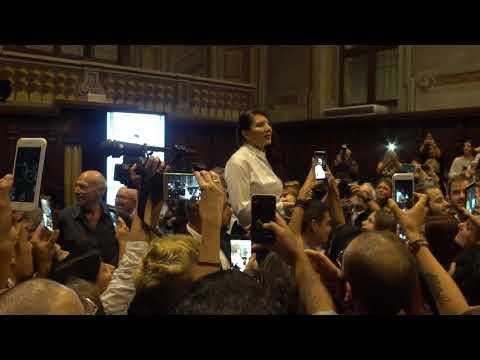 "Marina Abramovic speech for the performance ""Holding the Milk"" - Alba, Italy 28/07/2017"