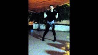 Oh my chuoi, dancing