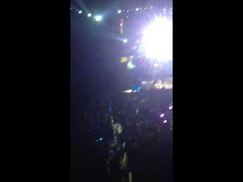 Beer in the headlights Luke Bryan Concert Orlando Fl 02/19/15