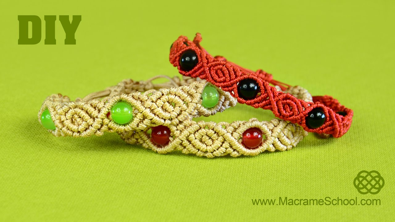roses beads macrame bracelet tutorial diy doovi. Black Bedroom Furniture Sets. Home Design Ideas