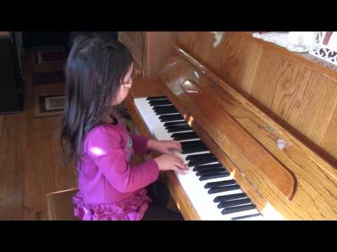 Misako - FABER Piano, Jingle Bells, Rudolph the Red-Nosed Reindeer and Chopsticks