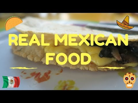 AMAZING MEXICAN STREET FOOD! (PLAYA DEL CARMEN, MEXICO)