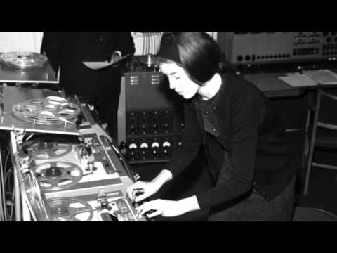 The Fascinating Story of How Delia Derbyshire Created the Original Doctor Who Theme