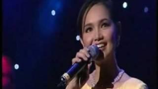 Download lagu Siti Nurhaliza Royal Albert Hall Seindah Biasa MP3