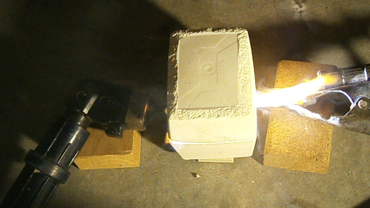 Homemade Miniature Carbon Arc Furnace - prototype - YouTube