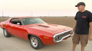 Get Deeper Inside Freiburger's 1971 Road Runner! - Roadkill Extra