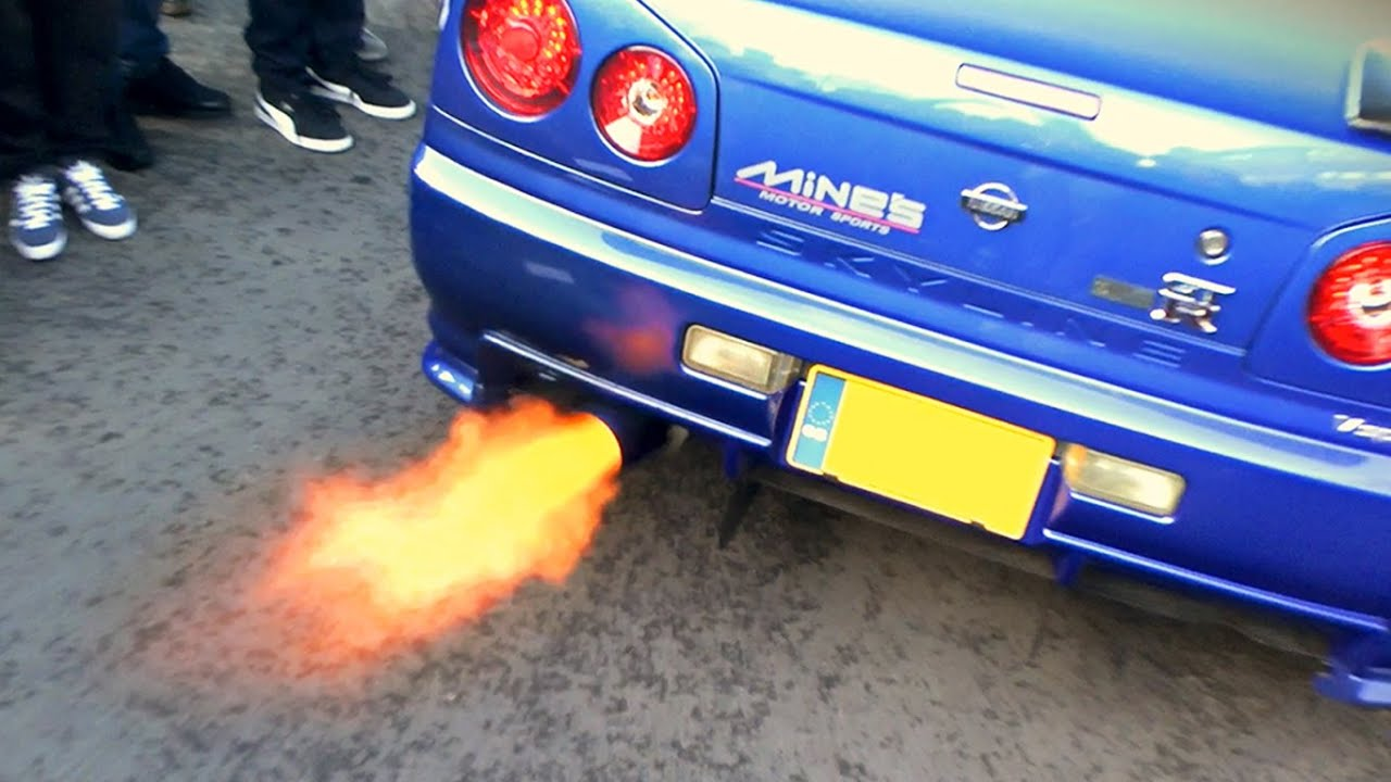 Nissan Skyline R34 GTR   Anti Lag FLAMES!   YouTube
