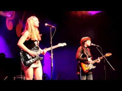 Bluescaravan - Track 1 2012