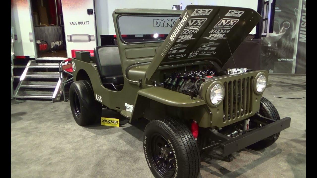 Первый jeep, армейский «виллис», был крохотным, чуть больше трех метров в длину. Но его потомки с каждым поколением увеличивались в размерах,