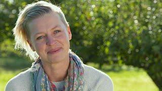 """Tilde Höök : """"Jag vill bara vara med tjejer"""" - Bonde söker fru (TV4)"""