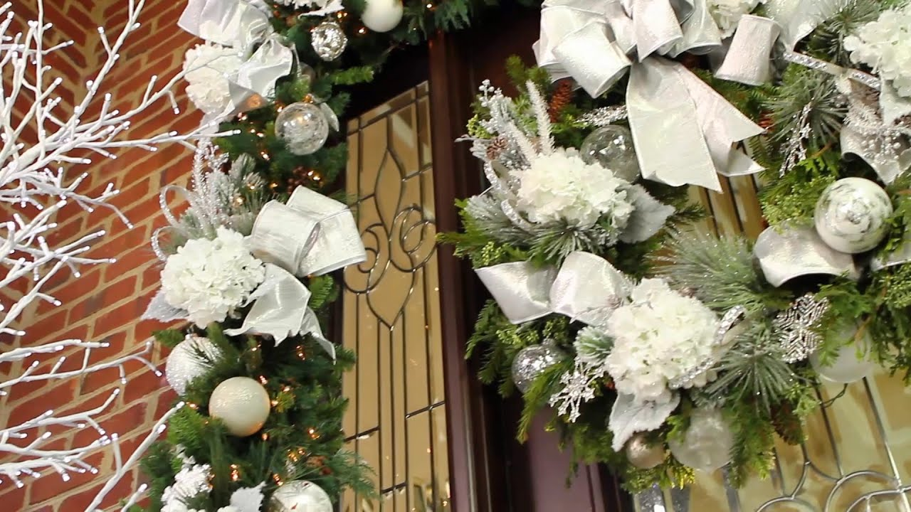 How to Decorate Your Holiday Entryway video