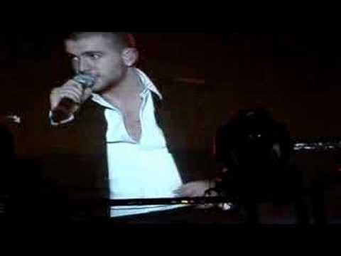 Shayne Ward - Bond Pt 2 (Birmingham 17/02)