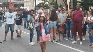 Baixar Fada do Deboche na Avenida Paulista