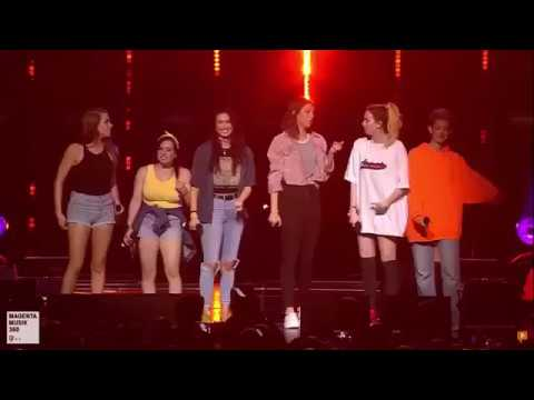 Cimorelli Singing in VideoDays (Germany)