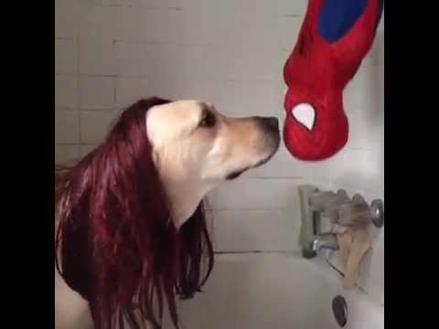 Pete does the Spiderman kiss - YouTube