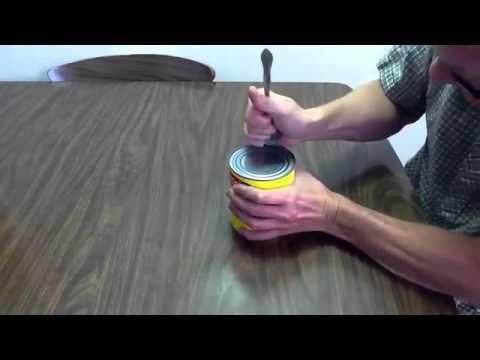 Comment Ouvrir Une Boite De Conserve Sans Ouvre Boite tuto ouvrir une boite de conserve sans ouvre boite - youtube
