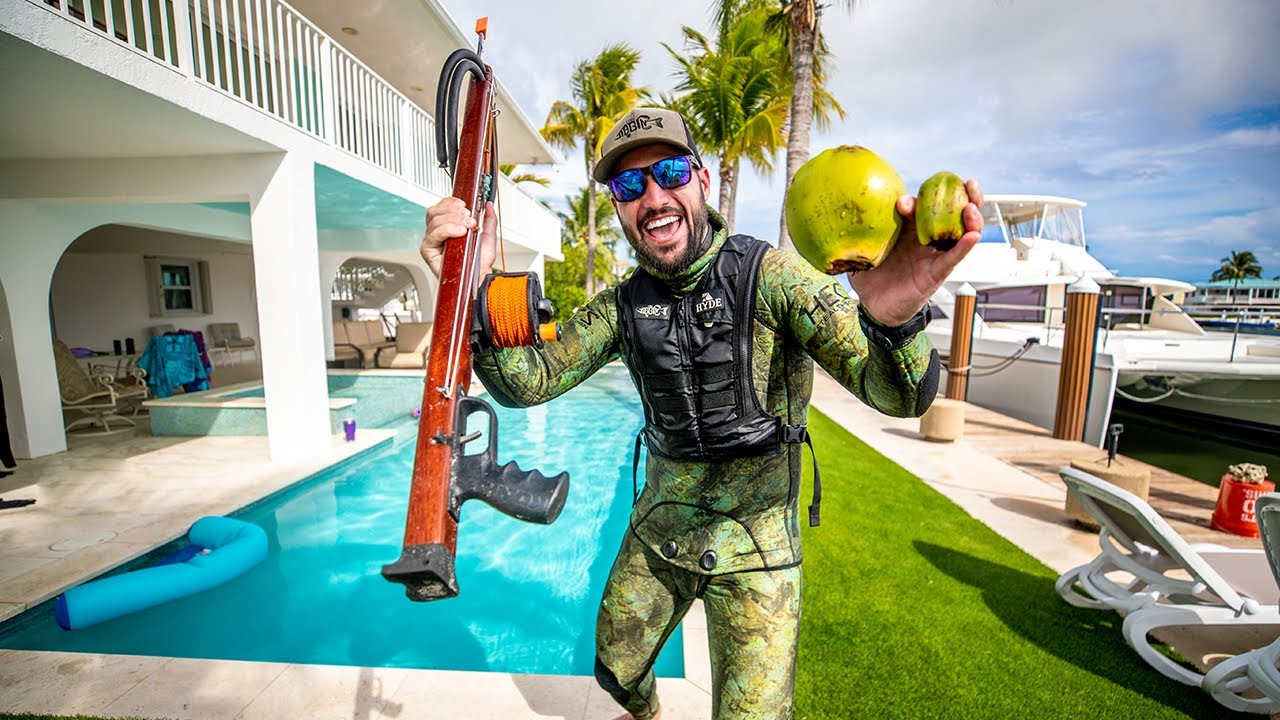 Tropical Spearfishing Catch & Cook Challenge!! (Shark Close Encounter)