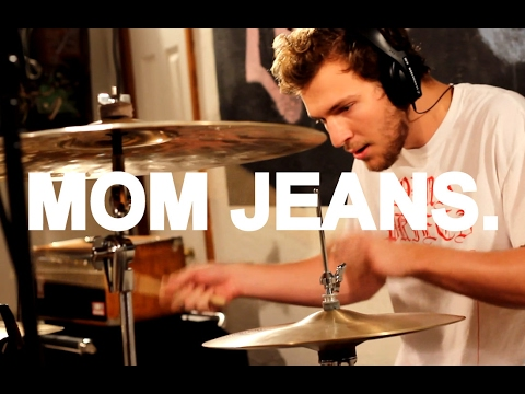 Mom Jeans - \