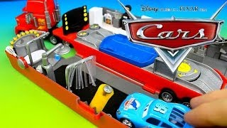 Disney Pixar Cars Lightning McQueen & Mater have fun with Modified Mack!