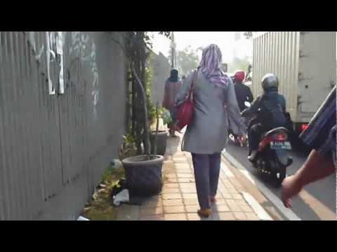 Jalan Kaki di Ibukota Jakarta
