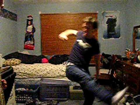 Hardcore slam dancing