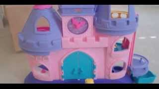 Disney Fisher Price Little People Princess Songs Palace with Cinderella, Snow White, Belle, + Ariel