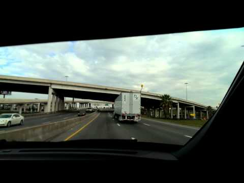 Interstate 35 north from Fischer Rd in Von Ormy, Texas to Walzem Rd in San Antonio, Texas