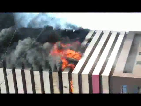 Vipul Market Fire Surat City// real fire burning building