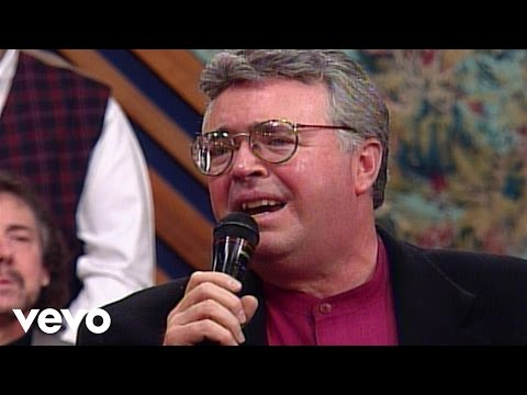 Bill & Gloria Gaither - Sweet, Sweet Spirit [Live] ft. Jim Murray