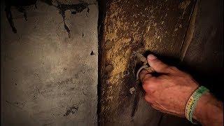 Jahrzehnte verschlossene Kammer geöffnet | Exploring lost places