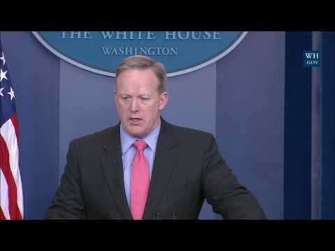1/31/17: White House Press Briefing