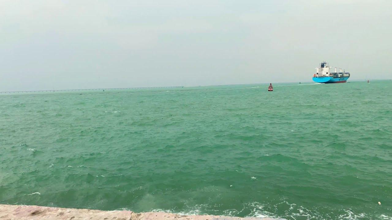 كلمتين من أمام البحر