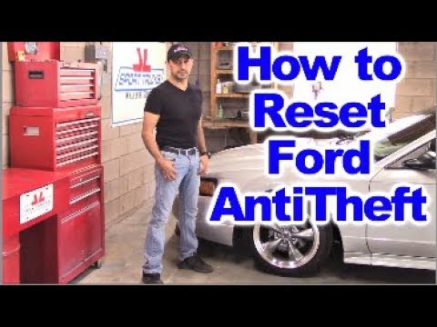 How to Reset the Anti Theft System on Fourth Generation Ford Mustang