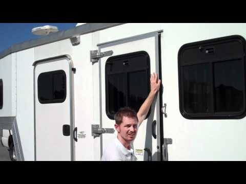 Expert Advice On Buying A Horse Trailer!