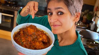 Restaurant style delicious Chicken Curry  Food with Chetna
