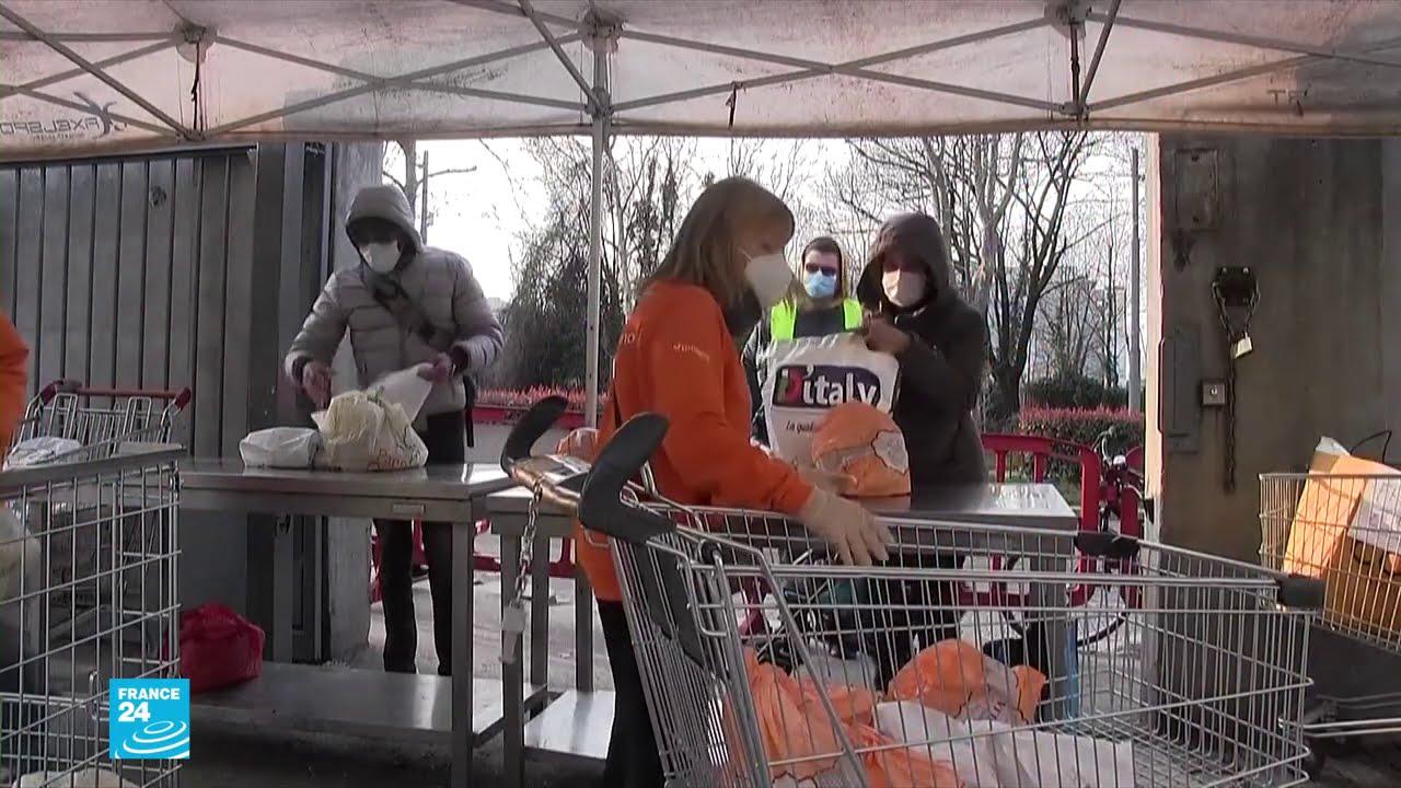 فيروس كورونا: مشاهد غير مألوفة لإيطاليين باتوا فقراء ويطلبون المساعدات الغذائية