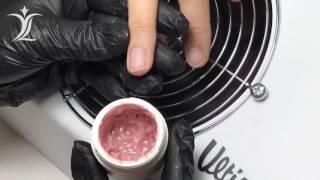 Причины возникновения отслоек материала при ремонте ногтей