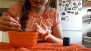 як зробити Лизуна з води і борошна без клею пва
