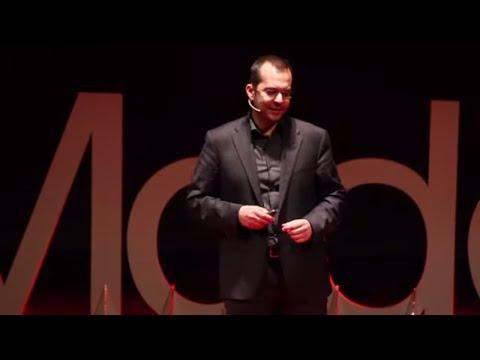 TEDx Talks: Il tempo del pensiero veloce | Francesco Leali | TEDxModena