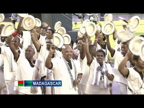 [JIOI] Défilé de la délagation de Madagascar
