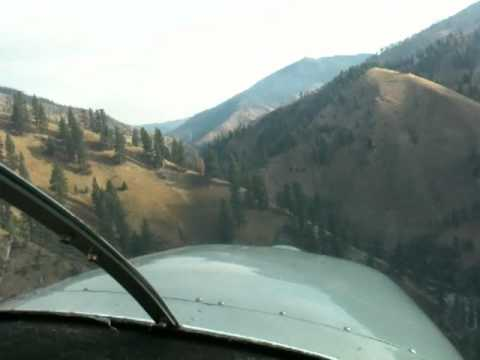 Flying a Cessna 182 from Willey Ranch, Idaho