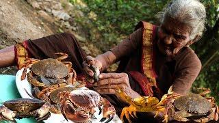Granny's CRABS Fry | Big Crabs Roast | Delicious Crabs Recipe by Granny