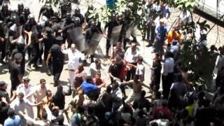 Ägyptens neue Machtverhältnisse: Polizei flüchtet vor Demonstranten