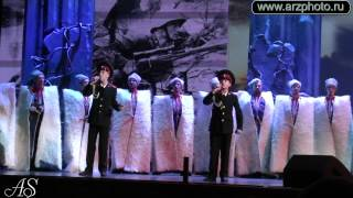 Ансамбль Молодая Гвардия и Кубанский казачий хор- Когда мы были на войне