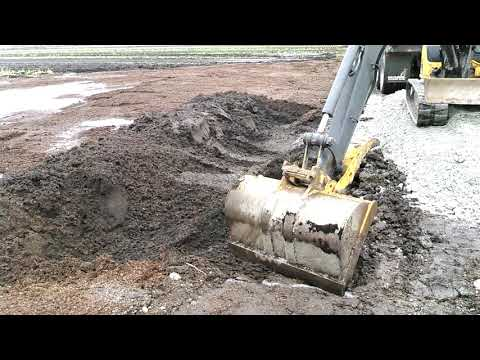 removing-contaminated-soil-after-gasoline-spill