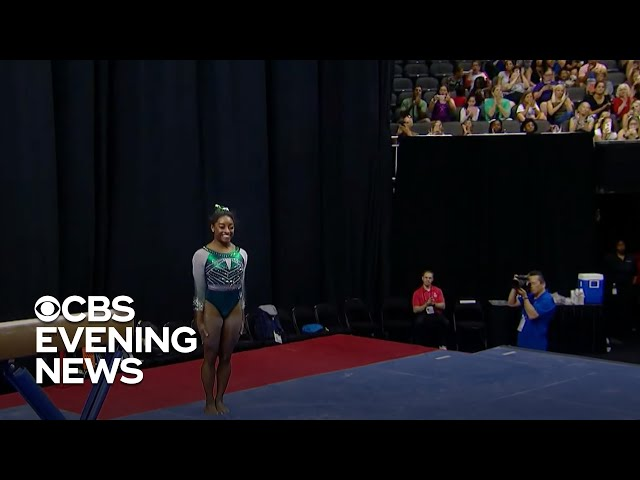 """Simone Biles makes history with a """"triple-double"""""""