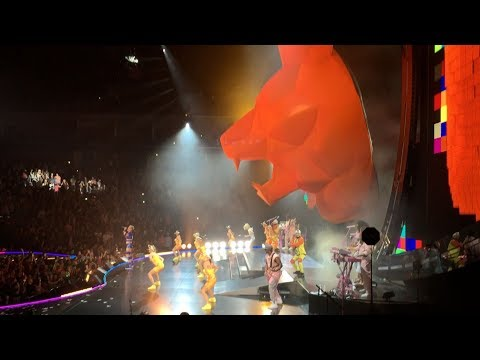 Katy Perry - Roar (Witness The Tour, live 2017, Tulsa BOK Center) HD